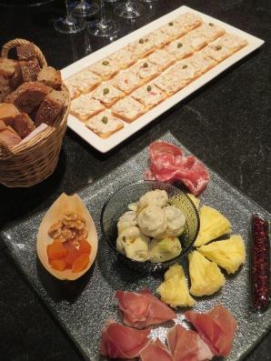 Tuna Canapés, Cheese&Ham
